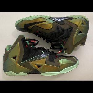 Green Nike LeBron 11 Men's Size 11 Kings Pride